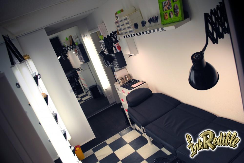 Tattoo und Piercing Studio 3